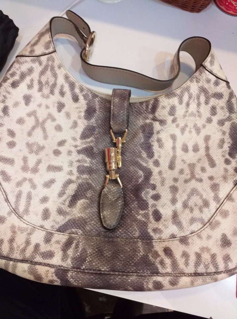 How to Spot the Authentic And Fake For a Snake /Phyton Skin Bag!